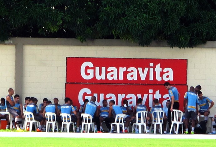 reunião jogadores treino Botafogo (Foto: Fred Huber)