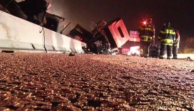 Acidente com caminhão e moedas (Foto: Reprodução/ABC)