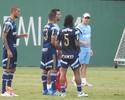 Arouca treina com bola e deve ser novidade do Palmeiras na quinta