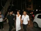 John Legend vai a restaurante com a mulher após show no Rock in Rio