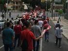 Funcionários da Cemig em greve fazem manifestação em BH