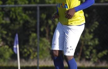 Bento volta a fechar treino, e zagueiro Manoel treina normalmente com bola