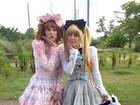 Reconhece? Angélica e Sophia Abrahão se vestem de Lolita para gravação