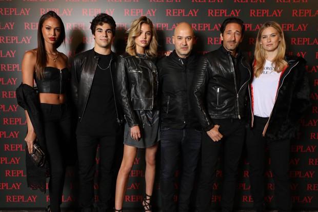 Celebridades em evento da Replay (Foto: Divulgação)