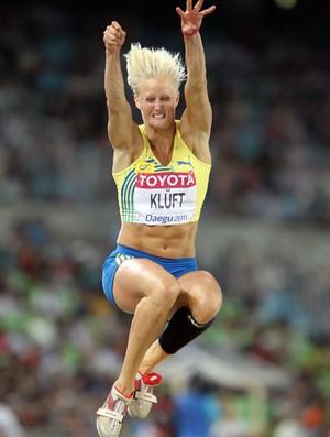 Carolina Kluft conquistou o ouro no heptatlo em Atenas-2004, mas atualmente se dedica ao salto (Foto: Getty Images)