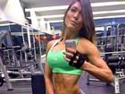 'Musa da barriga chapada' posta foto e revela: '8% de gordura corporal'