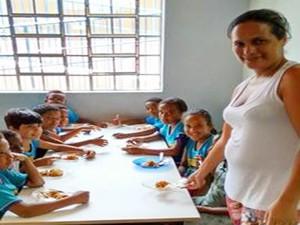Itaúna, merenda, concurso, alunos, escola, merendeiras (Foto: Assessoria/Divulgação)