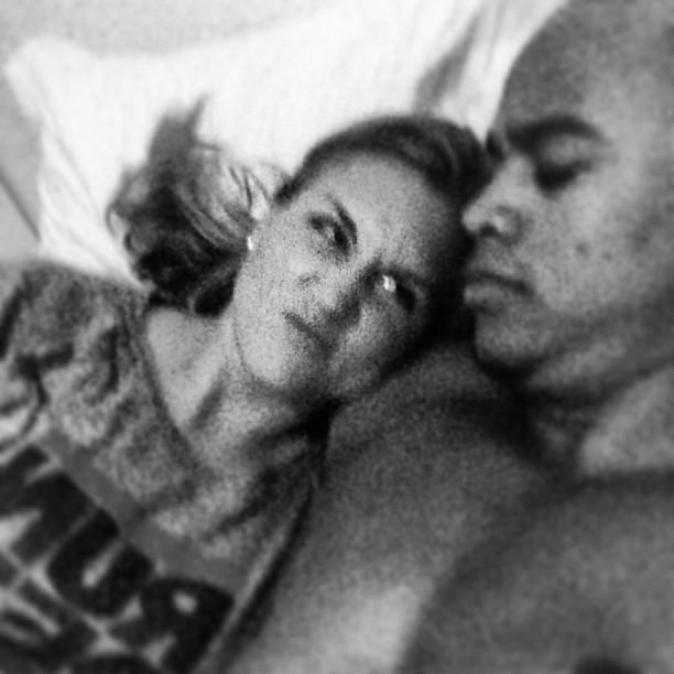 Léo Santana e a namorada, Chelsea Rae (Foto: Instagram/ Reprodução)