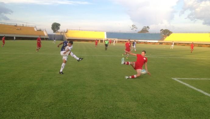 Ricanato venceu o Colinas por 3 a 0 e confirma a classificação na liderança do grupo (Foto: Marcos Martins/GloboEsporte.com)