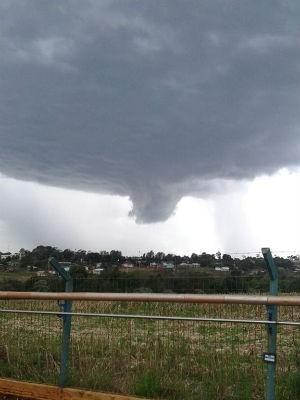 Nuvem funil em Francisco Beltrão (Foto: Vanin Aparecido / Arquivo pessoal)