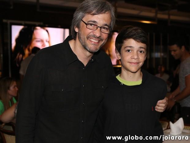 O diretor Paulo Silvestrini prestigiou a festa de estreia da trama (Foto: Joia Rara/TV Globo)