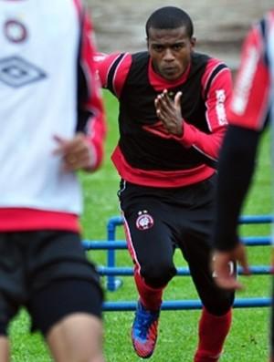 Marcelo, atacante do Atlético-PR, treina no CT (Foto: Gustavo Oliveira/Site oficial do Atlético-PR)