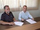 Prefeito de Alpercata anuncia redução da passagem até Valadares