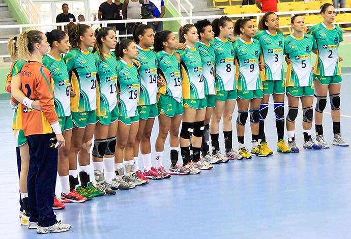 Seleção feminina de handebol promete brigar pelo título na Sérvia (Foto: Divulgação/Photo&Grafia)