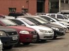 Crise leva consumidores a devolver veículos financiados