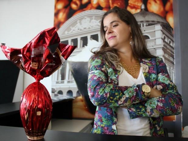 Fonoaudióloga Paula Michetti diz que compra ovos de páscoa para data não 'passar em branco' (Foto: Girlene Girlene/G1AM)