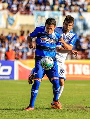 Washington fez sua segunda partida com a camisa do CSA (Foto: Ailton Cruz/Gazeta de Alagoas)