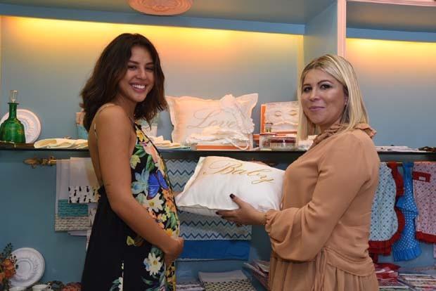 Yanna Lavigne e  Michelli Ribeiro (Foto: Divulgação)