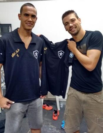 Renan e Diego Giaretta Botafogo (Foto: GloboEsporte.com)