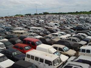 Carros a serem leiloados são apenas uma parte das apreensões da Receita Federal (Foto: Divulgação/Receita Federal)
