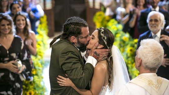 Final de 'Sol Nascente': Ralf e Milena se casam
