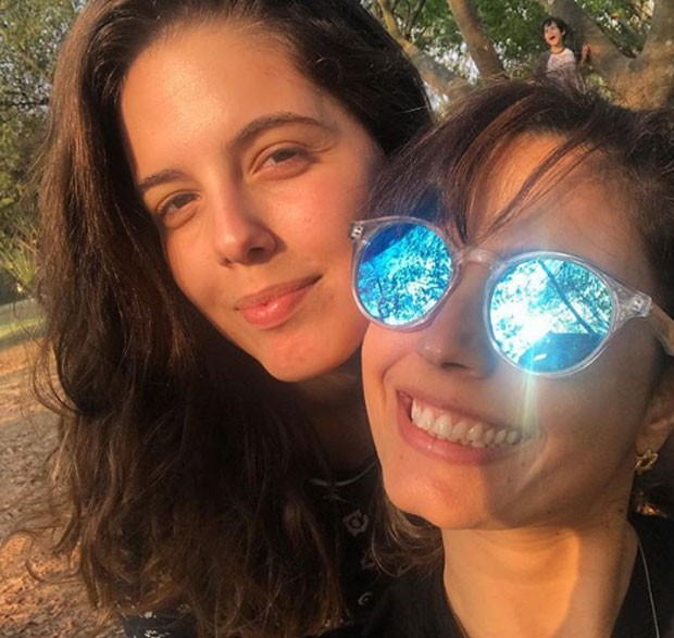 Bruna e Emanuelle Araújo  (Foto: Reprodução)