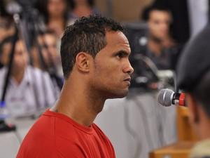 07/03//2013 - Bruno continua a depor durante o julgamento (Foto: Renata Caldeira / TJMG)