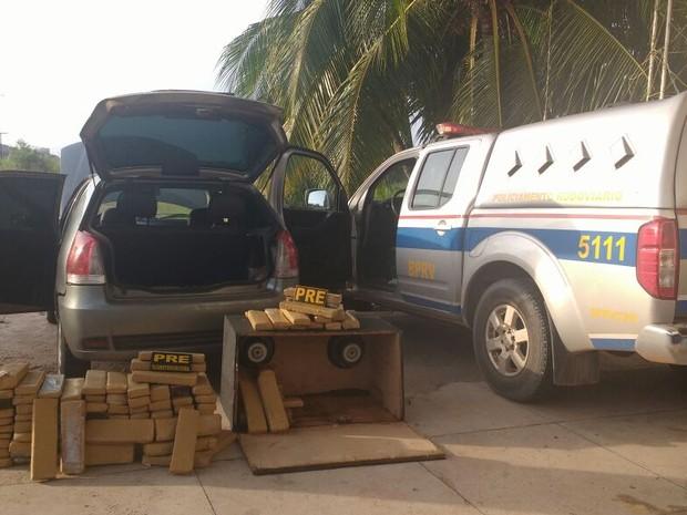 Polícia apreende cerca de 100kg de maconha em veículo na PA-150 (Foto: Divulgação/PRE)