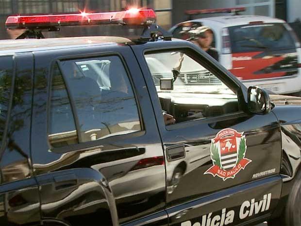 Corregedoria da Polícia Civil apreende documentos em delegacia de Campinas  (Foto: Reprodução EPTV)
