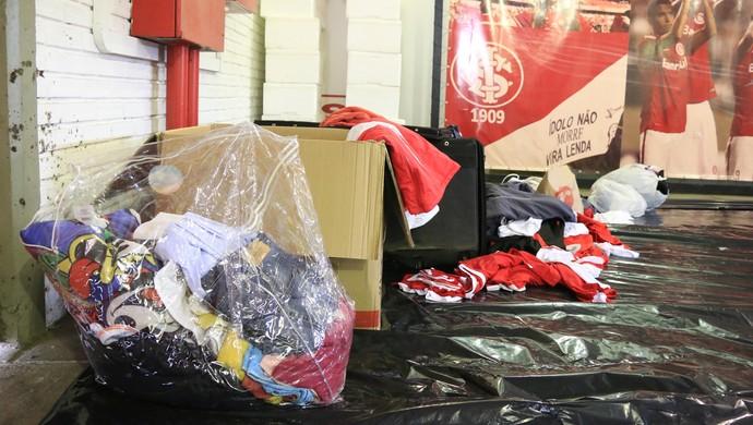 Internacional Inter Gigantinho doações (Foto: Eduardo Deconto/GloboEsporte.com)