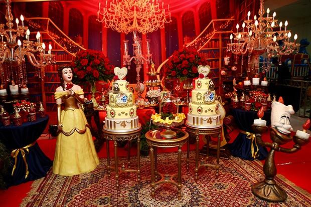 Decoração da festa das gêmeas Maya e Kiara (Foto: Manuela Scarpa/Brazil News)