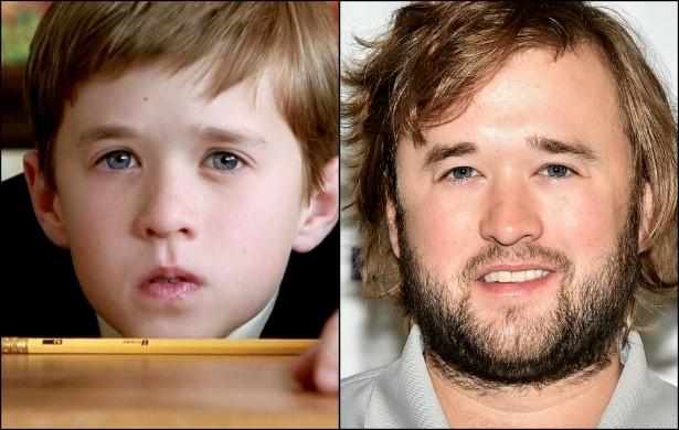 Lembram-se do garotinho de 'O Sexto Sentido' (1999)? Haley Joel Osment tinha 11 anos na época em que o filme foi lançado. Agora o ator de 26 anos está assim. (Foto: Reprodução e Getty Images)