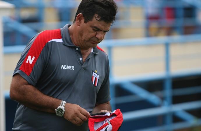 moacir jr técnico do botafogo-sp (Foto: Rogério Moroti/Ag. Botafogo)