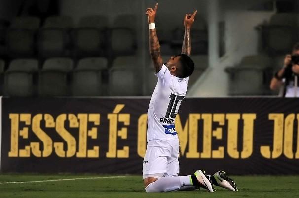 GabiGol comemora após marcar pelo Santos na Vila Belmiro (Foto: Ivan Storti/ Santos FC)