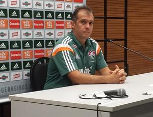 Eduardo Baptista coletiva (Foto: Chandy Teixeira / GloboEsporte.com)