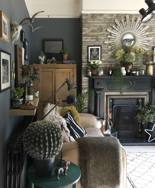 Doutora em Biociências cria casa maximalista e cheia de estilo em seu tempo livre (Foto: divulgação)