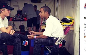 Nico avisou Hamilton sobre saída, mas inglês diz que já esperava e alfineta