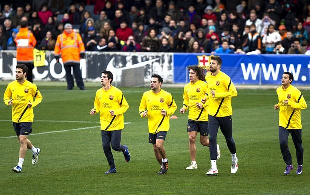 jogadores no treino do Barcelona (Foto: EFE)