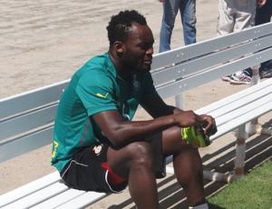 Essien Gana (Foto: Viviane Leão/GloboEsporte.com)