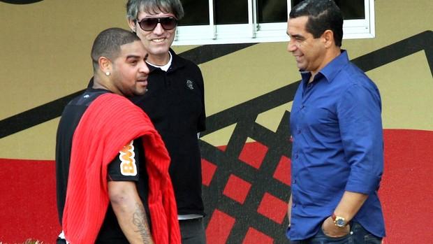 zinho adriano flamengo treino (Foto: Cezar Loureiro / Agência O Globo)
