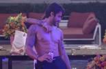 Juliana dança colada com Renan e Matheus atrapalha interação dos dois