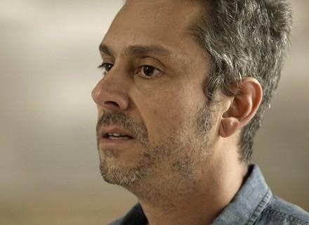 Romero despreza Atena e avisa que nunca ficarão juntos: 'Tenho nojo de você'