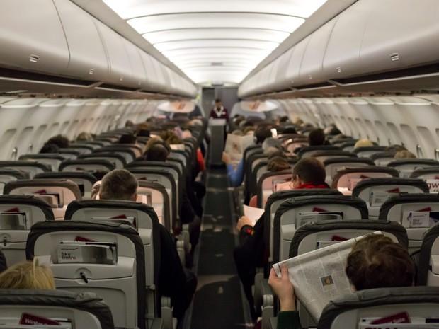 Assentos em avião comercial (Foto: Frank Duenzl/Picture-Alliance/AFP/Arquivo)