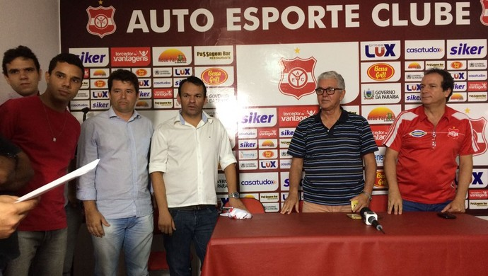 Gerson Junior, treinador do Auto Esporte, Auto Esporte (Foto: Edgley Lemos / GloboEsporte.com/pb)