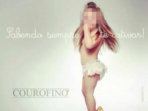 Nas fotos da campanha, criança aparece com batom, maquiagem e roupas de adulto (Foto: Reprodução)
