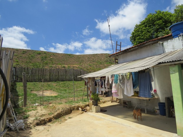 Na cidade de Canas, área de risco médio de deslizamento foi identificada.  (Foto: Marcelo Gramani / IPT)