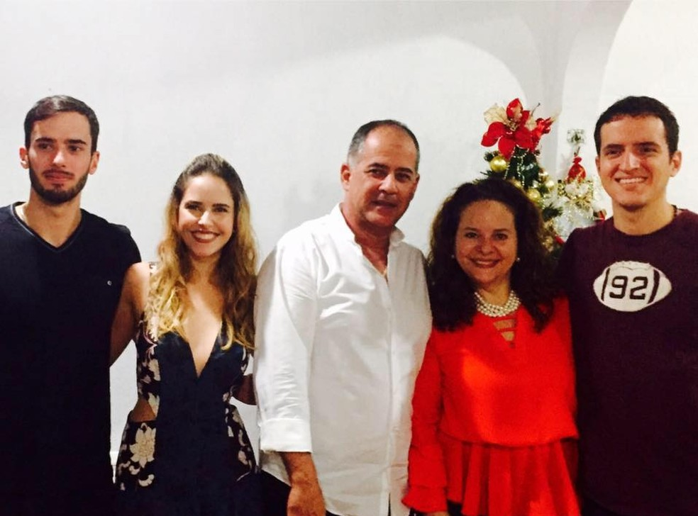 Mãe de Bruno, Denise Borges, diz que vai passar Dia das Mães acompanhada dos filhos e escreveu carta sobre o sumiço do jovem  (Foto: Reprodução/Facebook )