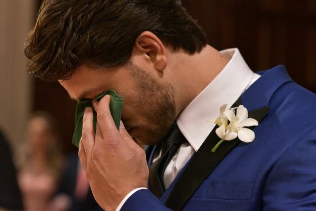 Elieser chorando (Foto: Foca Foto e Video / MF Models Assessoria)