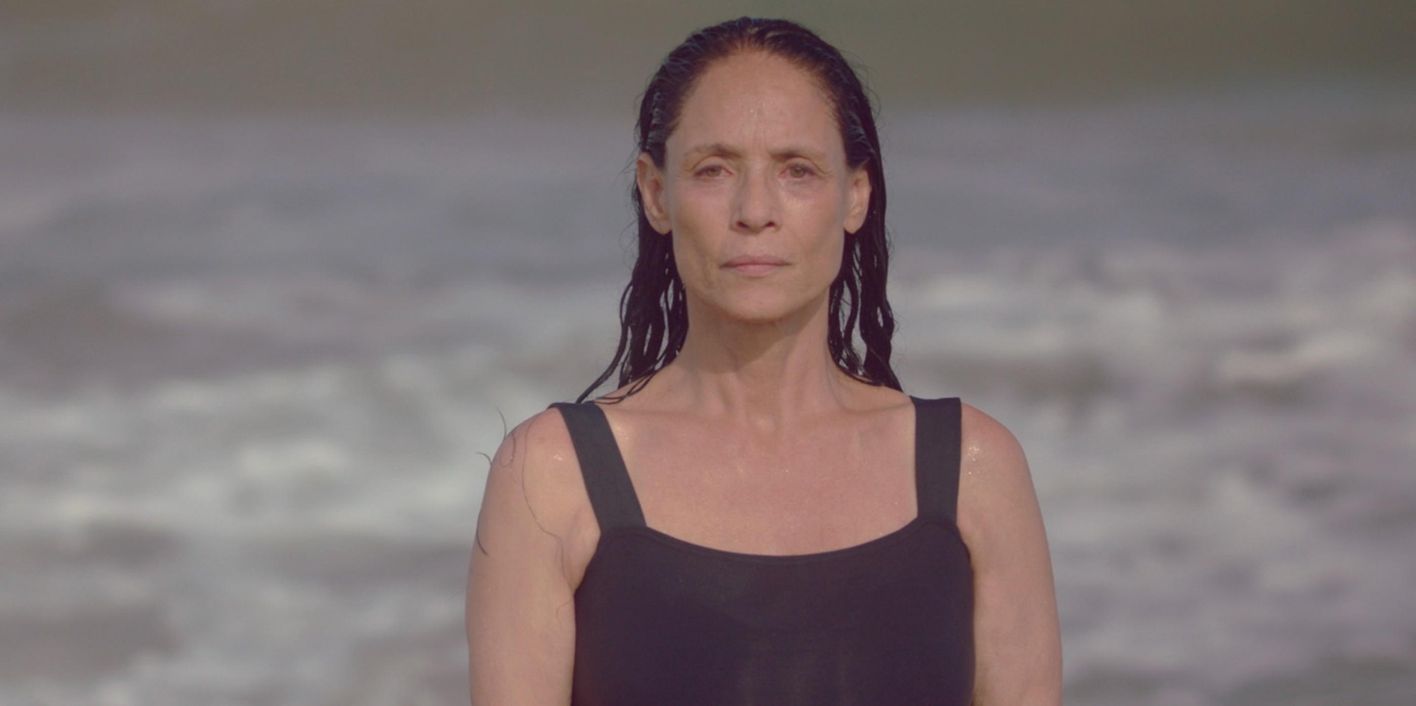 Sônia Braga em cena de 'Aquarius'