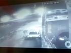 Câmera de segurança flagra furto de carro em Aparecida; assista vídeo